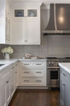 Kitchen Cabinet Design Tips - CHECK THE PIC for Many Kitchen Ideas. 35355399 #cabinets #kitchenorganization