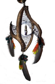 interwoven antlers by eiudragon Dream Catcher Art, Dream Catcher Mobile, Dream Catcher Tattoo, Antler Crafts, Antler Art, Los Dreamcatchers, Deer Skull Art, Mobiles, Native American Crafts