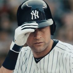 c234d431d7e4cc Derek Jeter is called to bat against the Boston Red Sox and he tips his hat.  Out of respect for Jeter
