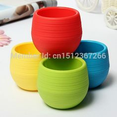 Plastic Red / Blue / White / Yellow / Green Colourful Round Plastic Plant Flower Pot Home Office Decor
