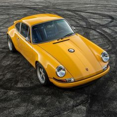 Porsche 911, source http://frankwlf.tumblr.com