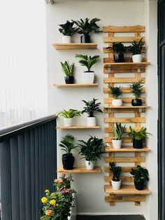 Solution Ideas for Small Balcony: Wall Planter - Unique Balcony & Garden Decoration and Easy DIY Ideas Garden Garden apartment Garden ideas Garden small Small Balcony Decor, Small Balcony Design, Small Balcony Garden, Indoor Garden, Balcony Ideas, Easy Garden, Indoor Plants, Balcony Plants, Narrow Balcony