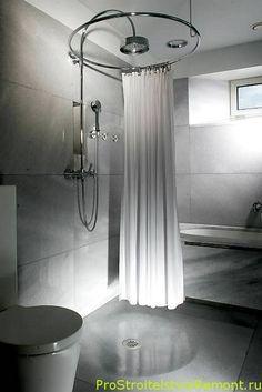 душевая монтируется прямо по центру ванной комнаты и устанавливается круговой занавес. На пол устанавливается поддон душевой кабины со стоком воды.