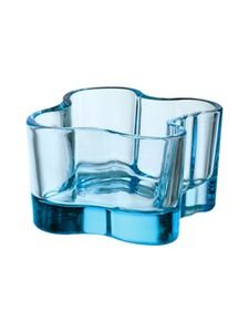 iittala Aalto Votive Candle Holder - Light Blue The iittala Alvar Aalto votive candle holders are inspired by Alvar Aalto's famous vase design. These lead-free glass votive candle holders have tall sides that gently wave and curve like the flicker o.