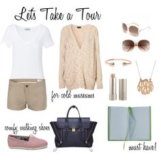 Casual Summer Tourist Outfit