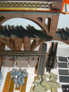 N Scale Buildings, N Scale Trains, Ho Scale, Airports, Model Trains, Scale Models, Yards, Planes, Scenery