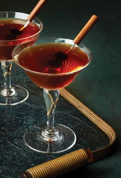 Double Agent Manhattan Riff - Imbibe Magazine Cocktail Garnish, Cocktail Menu, Cocktail Recipes, Wine Recipes, Winter Cocktails, Holiday Drinks, Classic Cocktails, Brown Sugar Syrup, Make Brown Sugar