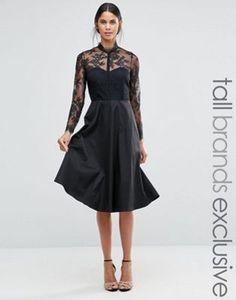 Платья с кружевной кокеткой и рукавами