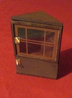 Miss Marple s liqueur case Miss Marple, Dollhouse Miniatures, Doll House Miniatures