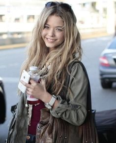 sasha pieterse pll pretty little liars Allison and she's good singer:) Estilo Vanessa Hudgens, Pretty Litte Liars, Sasha Pieterse, Shay Mitchell, Lucy Hale, Ashley Benson, Belle Photo, Look Fashion, Girl Fashion