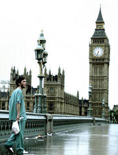 49. 28 Days Later (2002) Danny Boyle