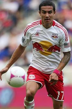 Tim Cahill scored the fastest goal in MLS history at 7 seconds against Houston 10/20/13