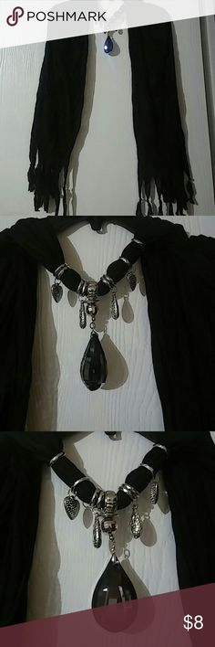 Black scarf with jems Very beautiful Other