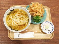 黄金色のおだしとともに、懐かしい京都の味を楽しんで Home Recipes, Asian Recipes, Real Food Recipes, Yummy Food, Ethnic Recipes, Tasty Dishes, Food Dishes, Mie Goreng, Restaurant Guide