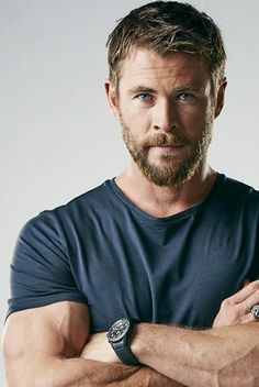 343 best thor images in 2019 Celebrity Dads, Celebrity Crush, Celebrity Style, Chris Evans, Snowwhite And The Huntsman, Hemsworth Brothers, Chris Hemsworth Thor, Australian Actors, Actresses