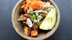 Bouddha bowl - La cuisine De Jean-Philippe - Roasted Sweet Potatoes & Figs with carrot, avacado & rice in a ginger garlic sauce from The Buddhist Chef Entree Recipes, Veg Recipes, Asian Recipes, Vegetarian Recipes, Healthy Recipes, Healthy Cooking, Healthy Eating, Clean Eating, Plant Based Eating