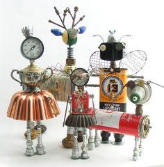 Linfa Creativa: My favorite creative women Amy Flynn Recycled Art Projects, Metal Art Projects, Recycled Crafts, Arte Robot, Robot Art, Robots, Metal Yard Art, Scrap Metal Art, Found Object Art
