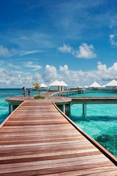Diamonds Thudufushi Beach & Water Villas All Inclusive (Maldives) Places Around The World, Oh The Places You'll Go, Places To Travel, Places To Visit, Around The Worlds, Vacation Destinations, Dream Vacations, Vacation Spots, Maldives