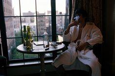 """Matt After Prom, New York, 2007 Под катом коллекция снимков из серии под названием """"RIGHT AFTER"""" нью-йоркского фотографа Коллина ЛаФлеша, который на протяжении года снимал группу…"""