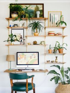 When it comes to working in a home office some nature decor can creat a stress-free work space.