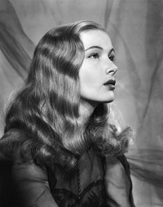 Ah, the finger wave, here we see Veronica Lake circa 1940