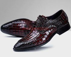 Men Britpop Alligator Pattern Lace Up Business Wedding Shoes Pointy Toe Dress Shoe Story, Business Shoes, Formal Shoes, Formal Dress, Patent Shoes, Men S Shoes, Trendy Shoes, Loafers Men, Brogues