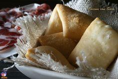 Ricetta gnocco fritto. Lo gnocco fritto è un piatto tipico della cucina emiliana che io e la mia famiglia adoriamo! Finora lo abbiamo sempre gustato al ristorante