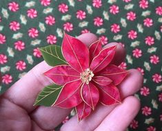 Christmas Poinsettia from Buttercups Babe Christmas Poinsettia, Buttercup, Flower Brooch, Brooches, Flowers, Babe, Brooch, Poinsettia, Royal Icing Flowers