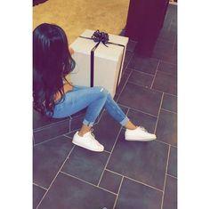 ⇜✧≪∘∙✦ Pinterest↠ avin sa Lah ✦∙∘≫✧⇝ Teenage Girl Photography, Girl Photography Poses, Cute Girl Photo, Girl Photo Poses, Cool Girl Pictures, Girl Photos, Snapchat Girls, Snapchat Picture, Artsy Photos