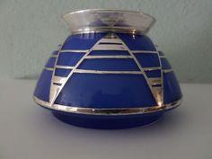 Online veilinghuis Catawiki: Blauwglazen Art Deco vaasje met zilverbeslag