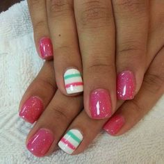 So cute!  Sparkly juicy pink and detail stripe nail with a bit of aqua #beautynails