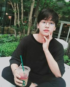 Casual Hakyeon is my favorite.