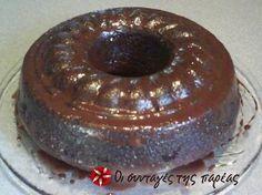 vegan chocolate cake - in greek Greek Sweets, Greek Desserts, Vegan Desserts, Dessert Recipes, Cake Cookies, Cupcake Cakes, Cupcakes, Wine Recipes, Cooking Recipes