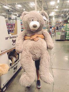 Huge Teddy Bears, Teddy Bear Day, Large Teddy Bear, Giant Teddy Bear, Christmas Aesthetic Wallpaper, Wallpaper Aesthetic, Christmas Wallpaper, Costco Bear, Journal Photo