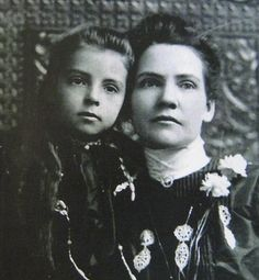 Mamie Fuller & Thelma Rose Family, Tennessee