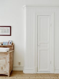 English Country Style, Pretty Room, Wonderwall, Master Closet, Decorating Blogs, Tall Cabinet Storage, Sweet Home, New Homes, House Ideas
