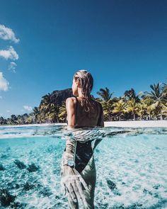 "Polubienia: 36.4 tys., komentarze: 345 – Debi Flügge | Vegan Diet (@debiflue) na Instagramie: ""follow me to #mauritius 🐬🌎so in love with that beautiful country 😍 @kaptenandson #bekapten #ad…"""