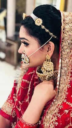 Rajasthani Dress, Rajputi Jewellery, Rajputi Dress, Indian Designer Suits, Dress Picture, Indian Dresses, Bridal Hair, Wedding Hairstyles, Long Hair Styles