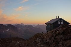 Tåkeheimen - said to be Norway´s least accessible cottage/cabin Trekking, Norway, Mount Everest, To Go, Adventure, Mountains, Country, Nature, Photography