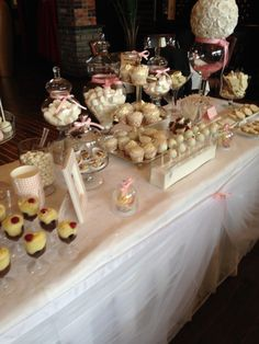 Chocolate Cupcakes -Cake pops -rocky Candy -Strawberries-cookies -baptism -#elegant #baptism #candybar #sweets