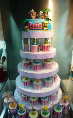 pinypon cupcake tower Party Themes, Party Ideas, Cupcakes, Kitchen Photos, Nun, I Party, 4 Kids, Little Miss, Amazing Cakes