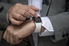 Best Apple Watch tips and tricks that make life easier Best Apple Watch, Apple Watch Series, Apple Watch Bands, Smartwatch, Watch Complications, Mac Notebook, Gadgets, Newest Macbook Pro, Tech Updates