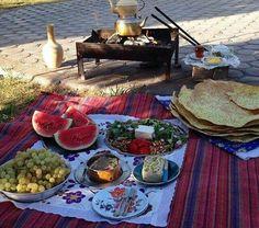 Summer #Iranian breakfast served on the road!  realiran.org  #Iran_Style