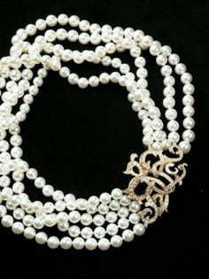 Zsa zsa bellagio pearls