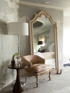 Alice Lane Home - bedrooms - chinoiserie room, chinoiserie bedroom, bedroom sitting area, sitting area, arched floor mirror, arch floor mirr...