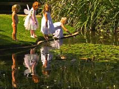 Abraham Hicks ~ Trusting children to make the right decisions - YouTube