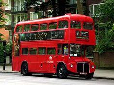 ¿Conocéis la importancia que tuvieron los famosos autobuses londinenses de dos pisos para conocer los efectos negativos de la inactividad física en la salud?