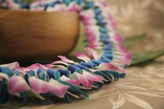 Like the majestic mountain range on Oahu that shares its name, the Koolau orchid lei is sure to leave a lasting impression. This local beauty is comprised o
