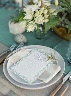 Neutral tones for the wedding table: http://www.stylemepretty.com/little-black-book-blog/2014/11/20/urban-zen-wedding-inspiration/   Photography: Joshua Aull - http://www.joshuaaull.com/