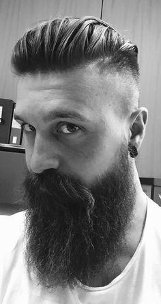 simonefaggio: Beard watching!